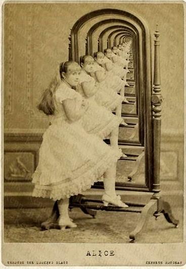 Photo via http://www.jabberwock.co.uk/blog/index.php?itemid=424